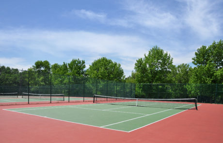 shutterstock_80210305-tennis-court